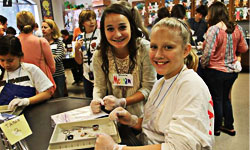 Kingwood High Schoolers partner with Deerwood Elementary fifth-graders in science lab