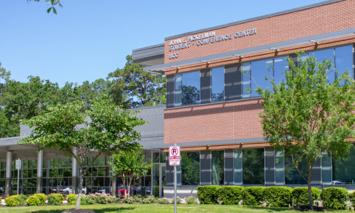 LSC-Kingwood Hosts First Including Stars Program